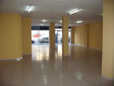 Local comercial en alquiler en calle Gaudi, Nucli Antic Molí Nou en Igualada - 111293324