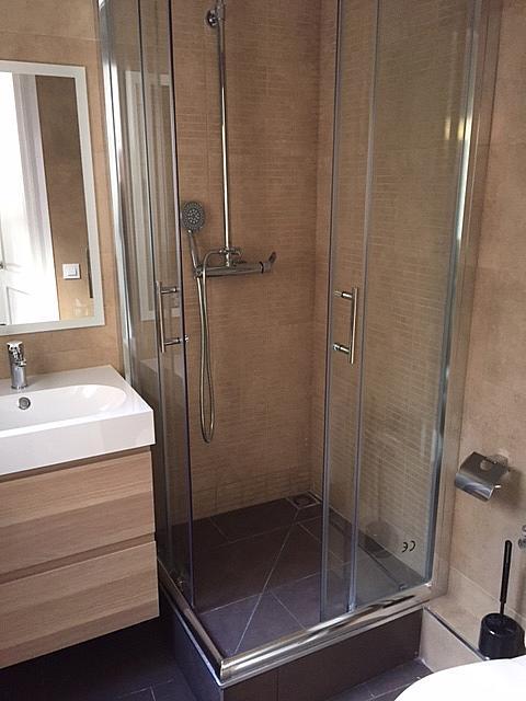 Baño - Apartamento en venta en calle Tallers, El Raval en Barcelona - 330049791