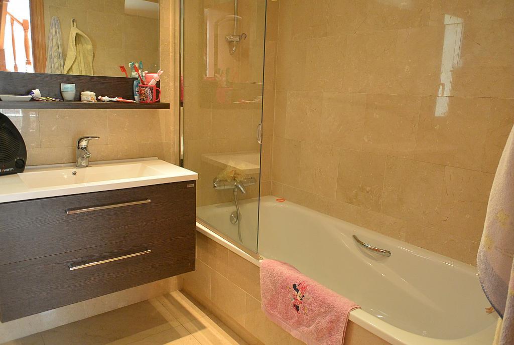 Baño - Casa en alquiler en Playa en Castelldefels - 283182862