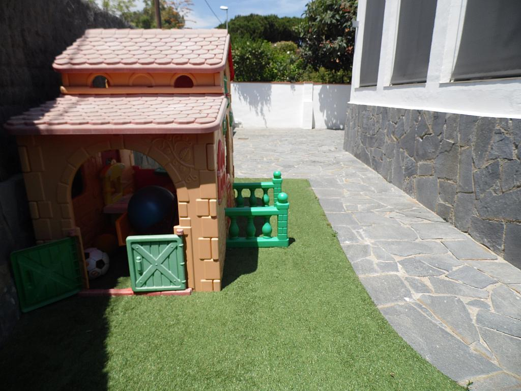 Jardín - Casa en alquiler en Playa en Castelldefels - 285674699
