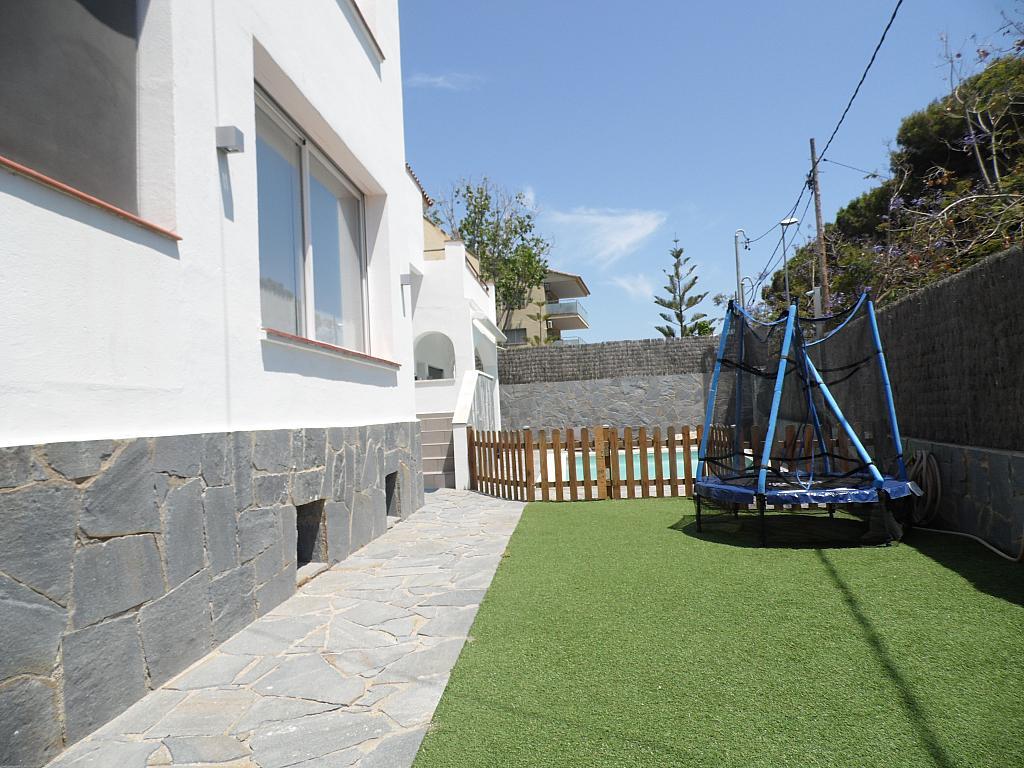 Jardín - Casa en alquiler en Playa en Castelldefels - 285674705