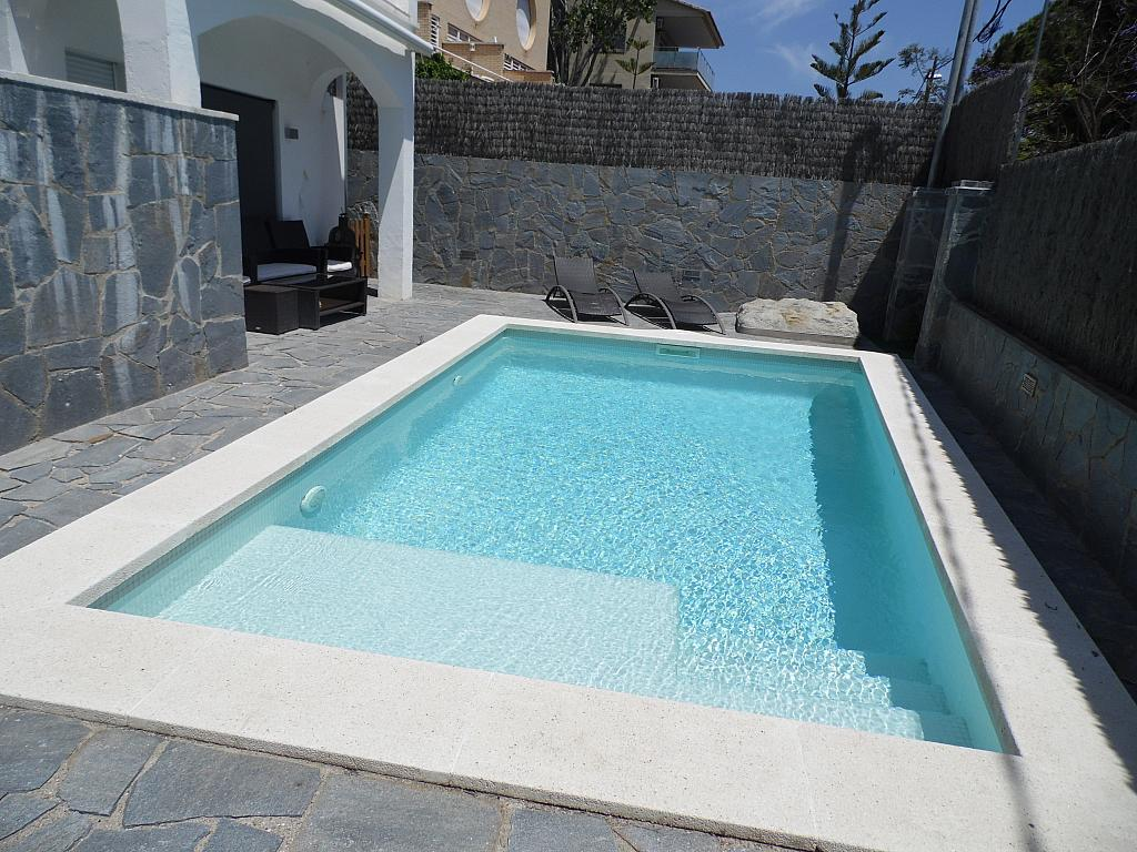 Piscina - Casa en alquiler en Playa en Castelldefels - 285674711