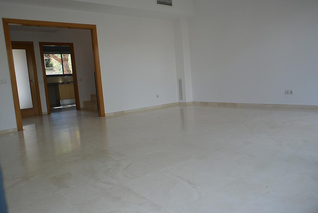 Salón - Casa en alquiler en Gavà Mar en Gavà - 328540558