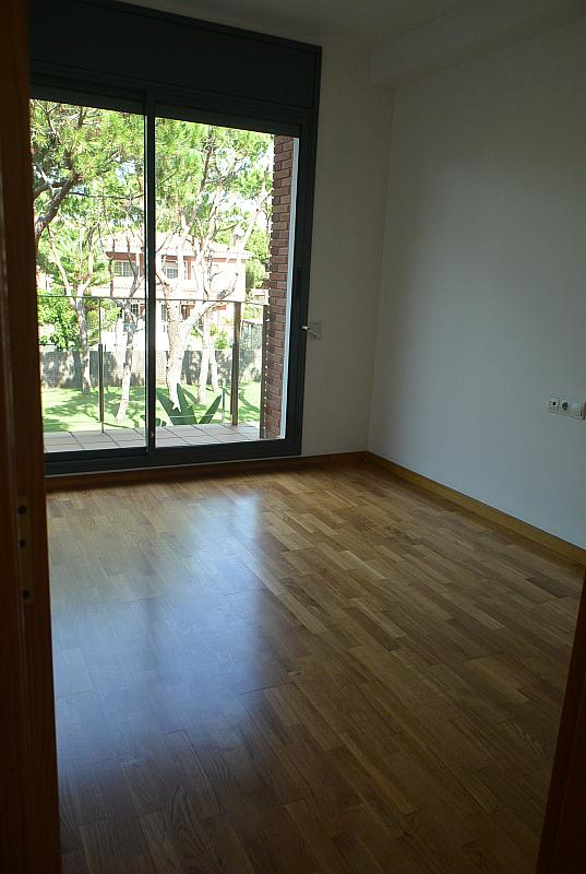 Dormitorio - Casa en alquiler en Gavà Mar en Gavà - 328540626