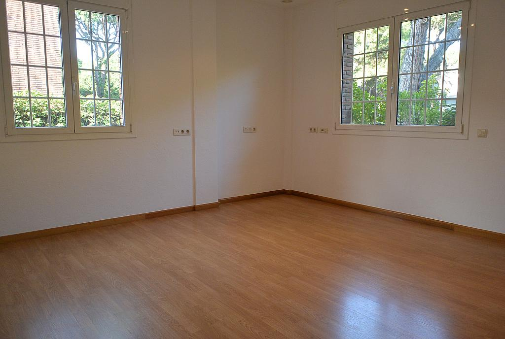 Dormitorio - Casa en alquiler en Gavà Mar en Gavà - 359481028