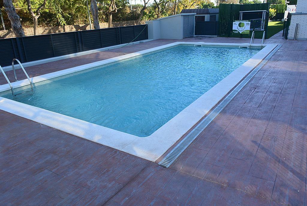 Piscina - Piso en alquiler en Playa en Castelldefels - 227891048