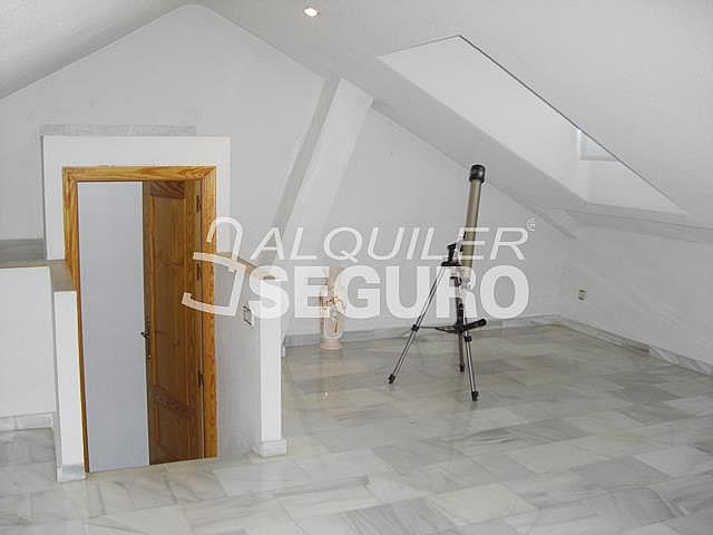 Casa en alquiler en calle Clavel, Móstoles - 278902339