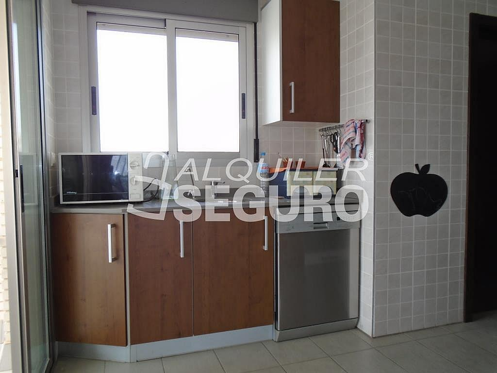 Ático en alquiler en calle Albacete, Elche/Elx - 281347660