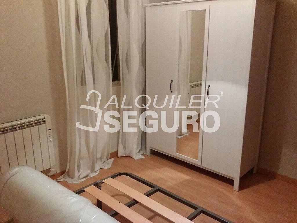 Piso en alquiler en calle Arechavaleta, Los Ángeles en Madrid - 332297239
