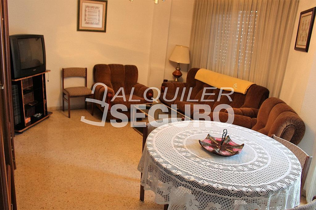 Piso en alquiler en calle Pere Cabanes, Torrefiel en Valencia - 316591520