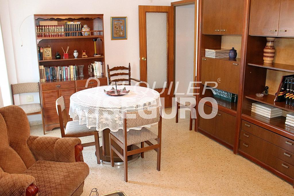 Piso en alquiler en calle Pere Cabanes, Torrefiel en Valencia - 316591526