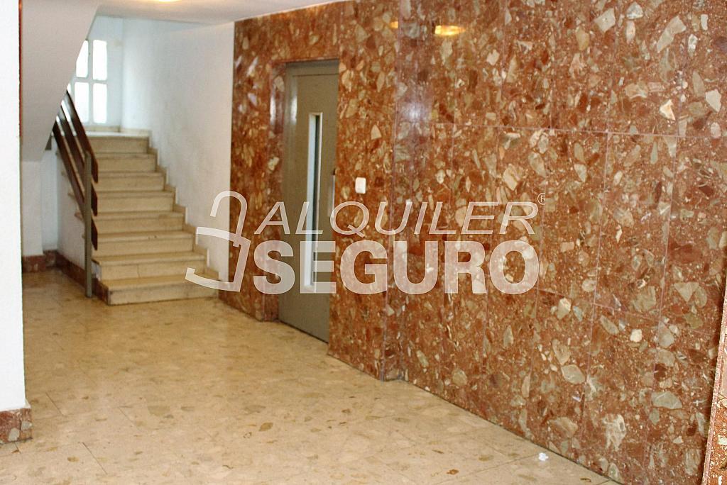 Piso en alquiler en calle Pere Cabanes, Torrefiel en Valencia - 316591535
