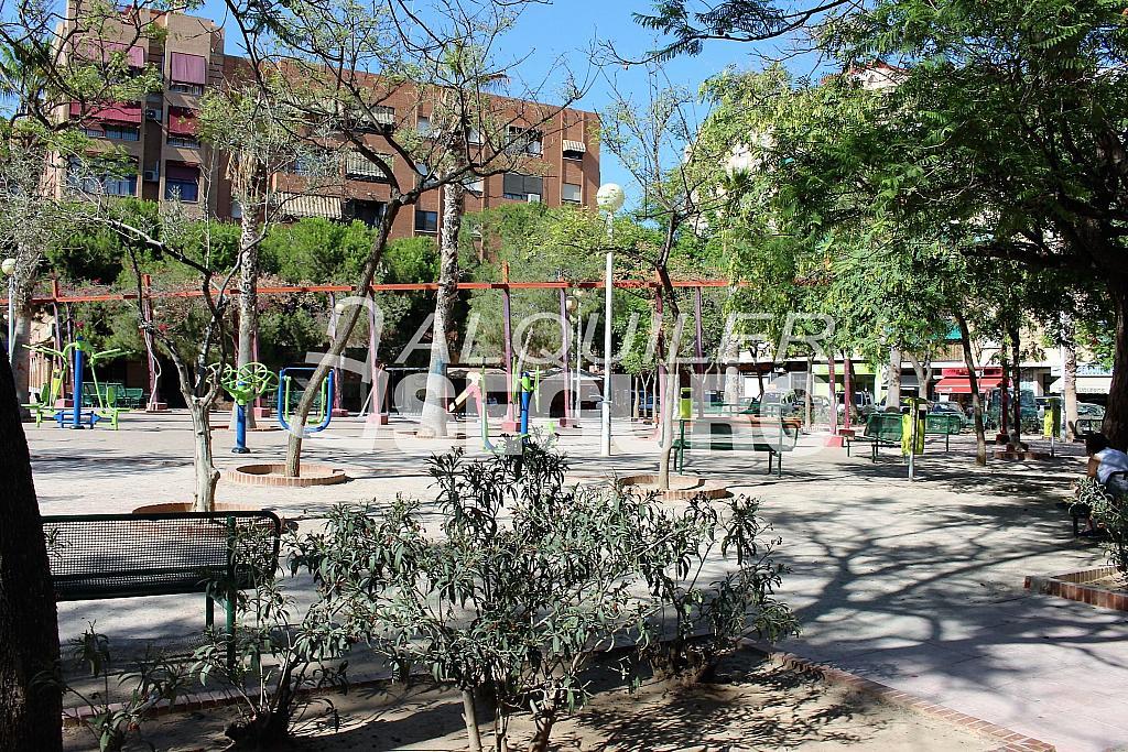 Piso en alquiler en calle Pere Cabanes, Torrefiel en Valencia - 316591538