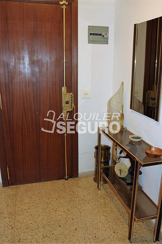 Piso en alquiler en calle Pere Cabanes, Torrefiel en Valencia - 316591550