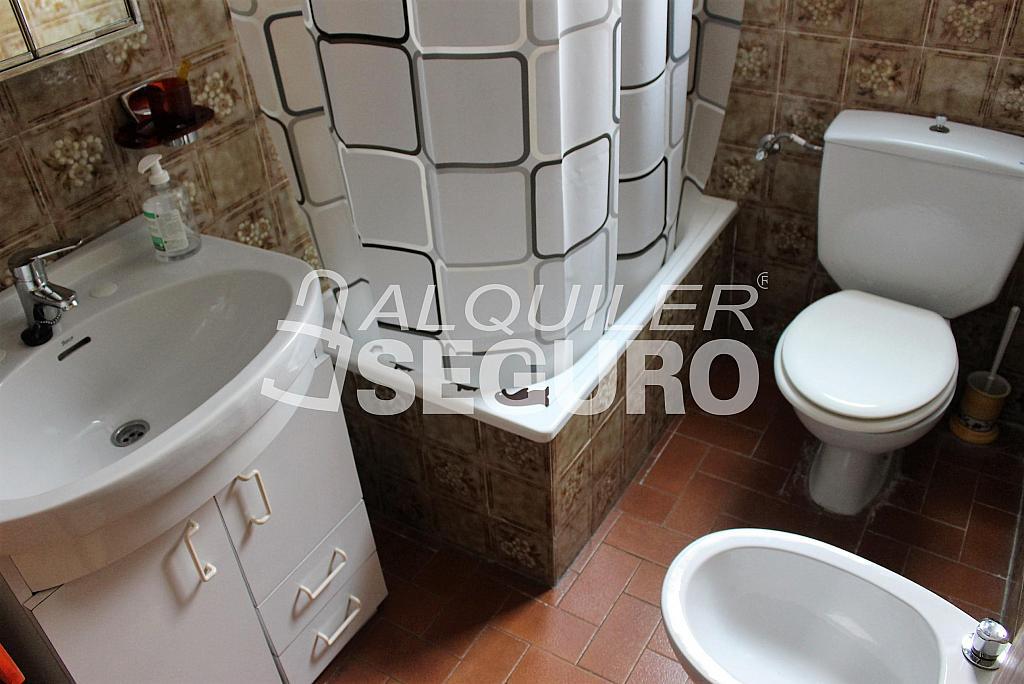 Piso en alquiler en calle Pere Cabanes, Torrefiel en Valencia - 316591565
