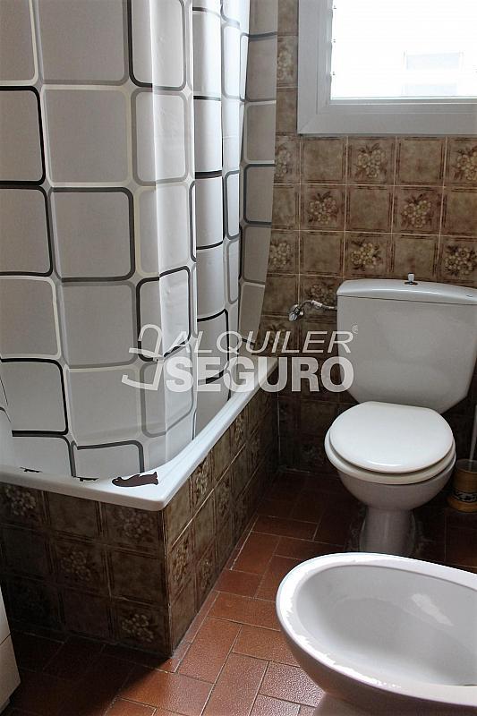 Piso en alquiler en calle Pere Cabanes, Torrefiel en Valencia - 316591568