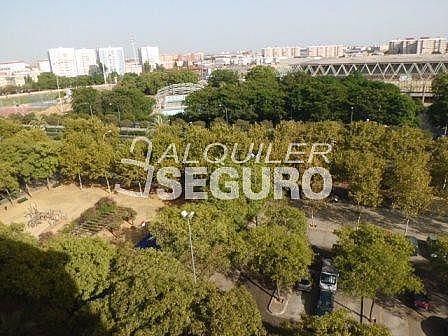 Piso en alquiler en calle De Febrero, San Pablo en Sevilla - 317889323