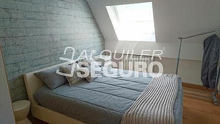 Ático en alquiler en calle Eduardo Dato, Casco Viejo en Vitoria-Gasteiz - 318129807