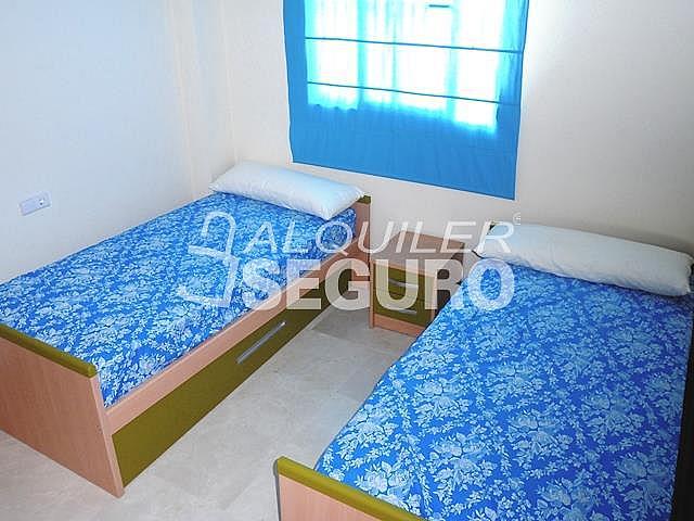 Piso en alquiler en calle San Rafael, Benalmádena Costa en Benalmádena - 318697139