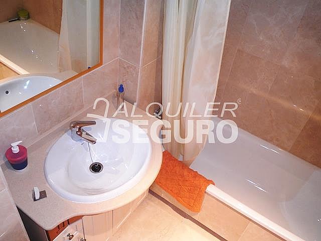 Piso en alquiler en calle San Rafael, Benalmádena Costa en Benalmádena - 318697154