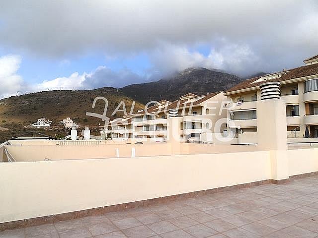 Piso en alquiler en calle Acebuche, Benalmádena Costa en Benalmádena - 320527898