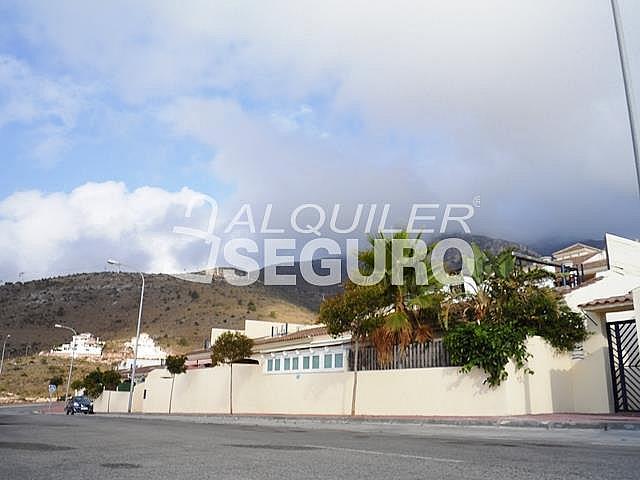 Piso en alquiler en calle Acebuche, Benalmádena Costa en Benalmádena - 320527904