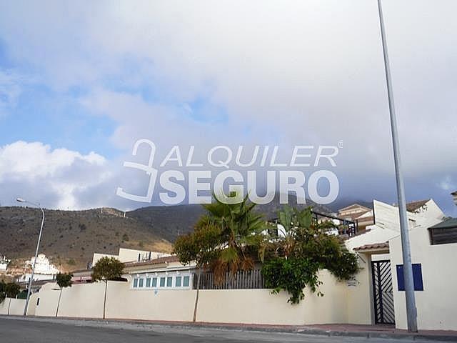 Piso en alquiler en calle Acebuche, Benalmádena Costa en Benalmádena - 320527907