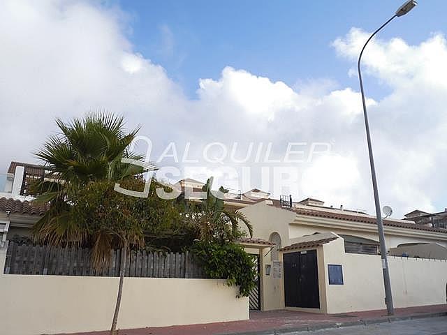 Piso en alquiler en calle Acebuche, Benalmádena Costa en Benalmádena - 320527910