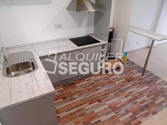 Piso en alquiler en calle Acebuche, Benalmádena Costa en Benalmádena - 320527922