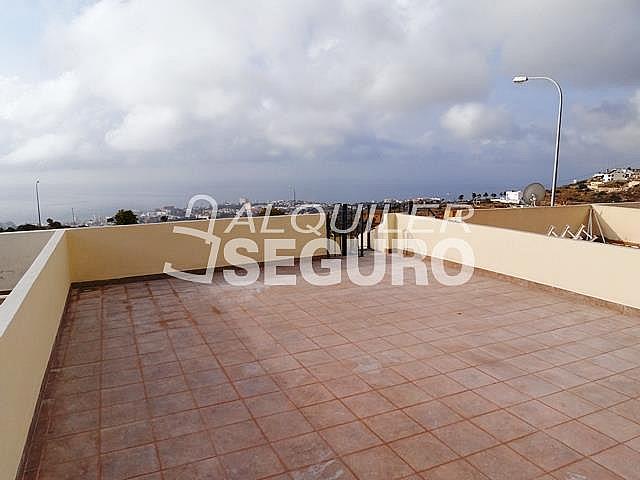 Piso en alquiler en calle Acebuche, Benalmádena Costa en Benalmádena - 320527931