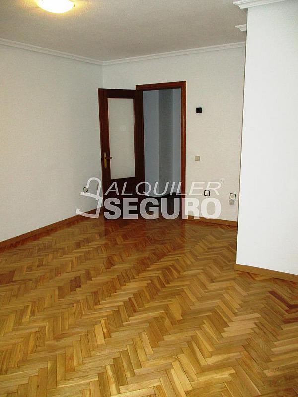 Piso en alquiler en calle Laguna, Casco Histórico en Alcalá de Henares - 320527961