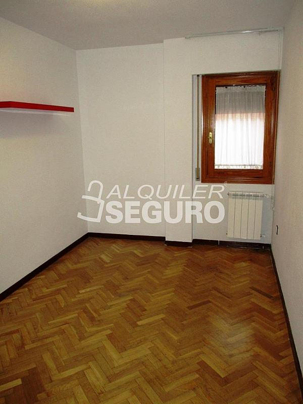 Piso en alquiler en calle Laguna, Casco Histórico en Alcalá de Henares - 320527973
