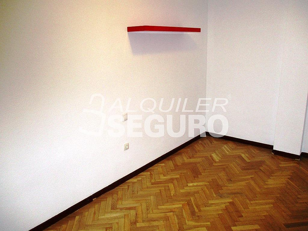 Piso en alquiler en calle Laguna, Casco Histórico en Alcalá de Henares - 320527979