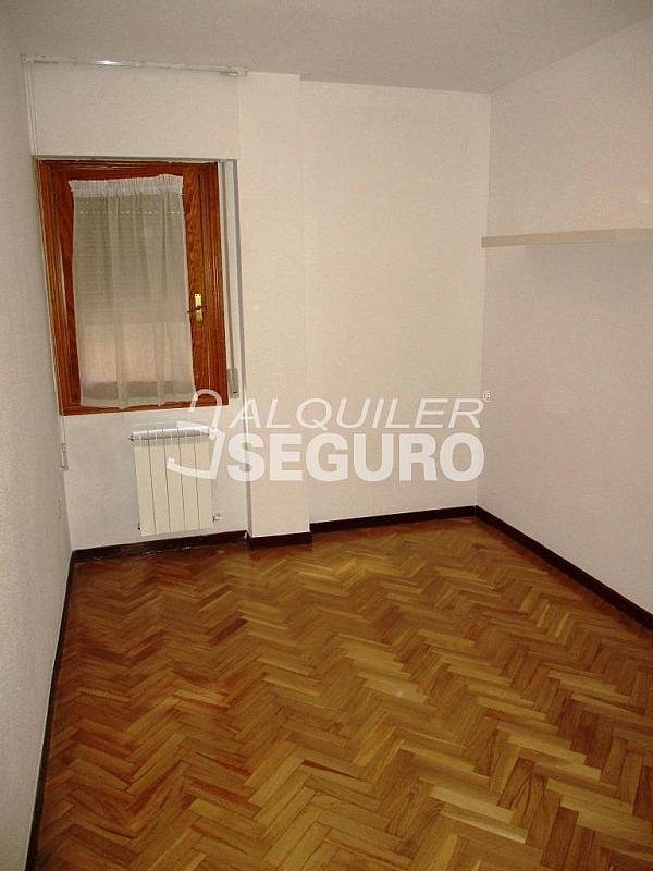 Piso en alquiler en calle Laguna, Casco Histórico en Alcalá de Henares - 320527982