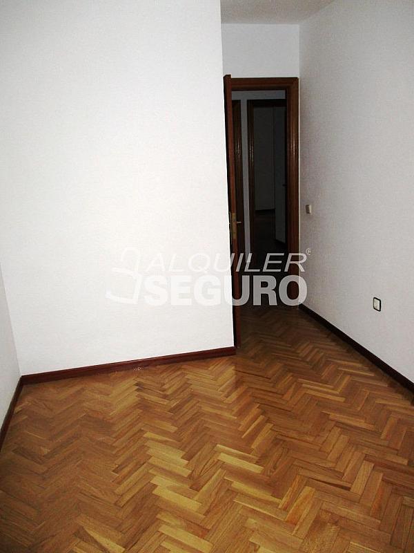 Piso en alquiler en calle Laguna, Casco Histórico en Alcalá de Henares - 320527985
