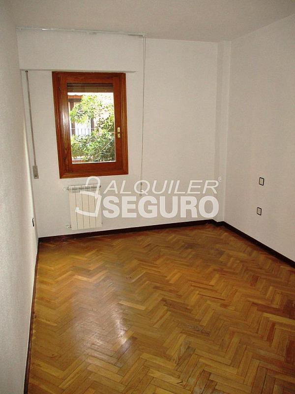 Piso en alquiler en calle Laguna, Casco Histórico en Alcalá de Henares - 320527991
