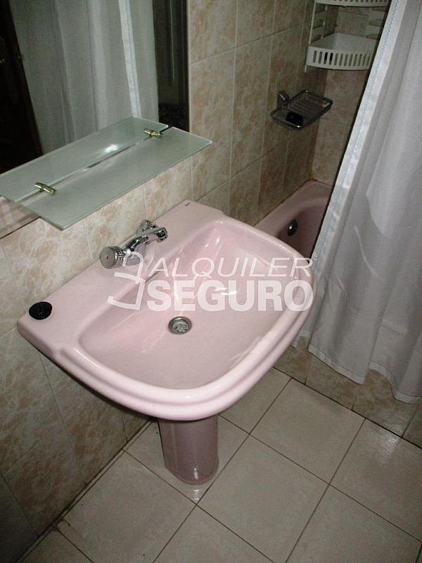 Piso en alquiler en calle Laguna, Casco Histórico en Alcalá de Henares - 320528003