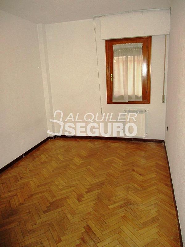 Piso en alquiler en calle Laguna, Casco Histórico en Alcalá de Henares - 320528006
