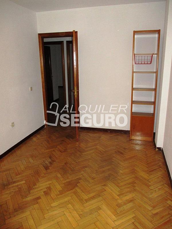 Piso en alquiler en calle Laguna, Casco Histórico en Alcalá de Henares - 320528009