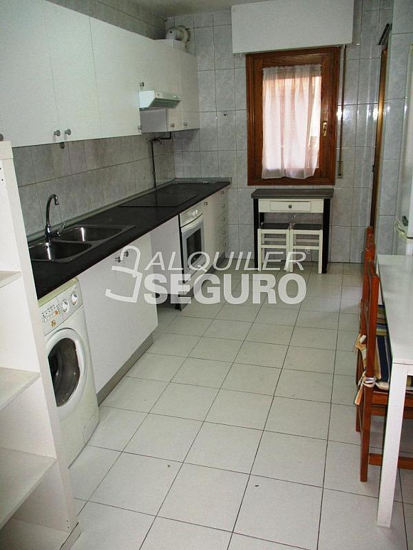 Piso en alquiler en calle Laguna, Casco Histórico en Alcalá de Henares - 320528021