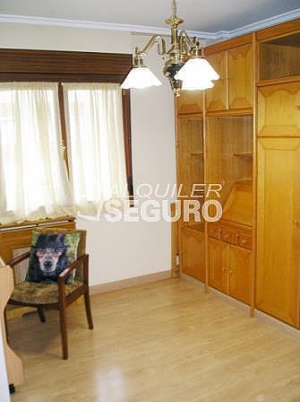 Piso en alquiler en calle Florida, Casco Viejo en Vitoria-Gasteiz - 321748895
