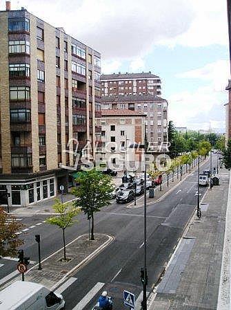 Piso en alquiler en calle Florida, Casco Viejo en Vitoria-Gasteiz - 321748904