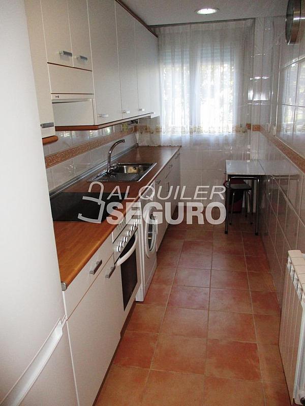 Piso en alquiler en calle Solana, Torrejón de Ardoz - 322372087