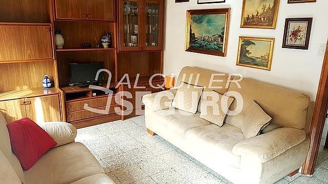 Piso en alquiler en calle Santa Cristina, San Andrés en Madrid - 322882992