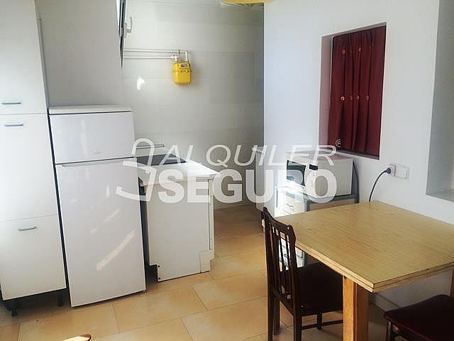 Piso en alquiler en calle Alcarria, Zarzaquemada en Leganés - 323325774