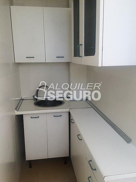Piso en alquiler en calle Alcarria, Zarzaquemada en Leganés - 323325777