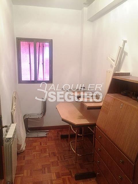 Piso en alquiler en calle Alcarria, Zarzaquemada en Leganés - 323325786