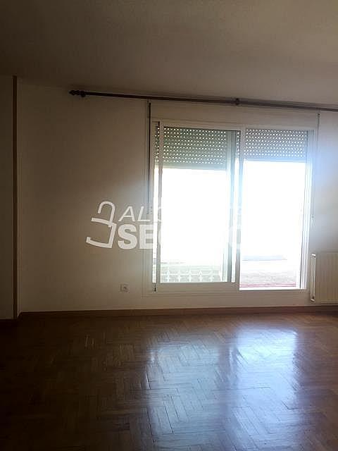 Ático en alquiler en calle Maria Guerrero, Loranca en Fuenlabrada - 323326035