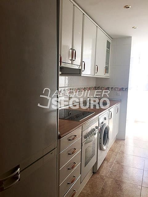 Ático en alquiler en calle Maria Guerrero, Loranca en Fuenlabrada - 323326041