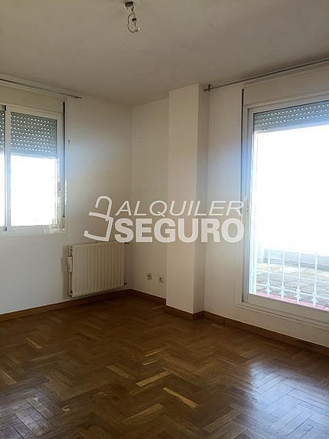 Ático en alquiler en calle Maria Guerrero, Loranca en Fuenlabrada - 323326050